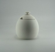 Sugar Bowl 11cm – In Studio Cost £10.80 to £13.05