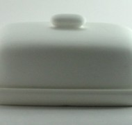 Butter Dish 19cm – In Studio Cost £18.00 to £21.60