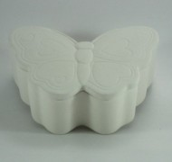 Butterfly Box 13cm – In Studio Cost £12.60 to £15.08